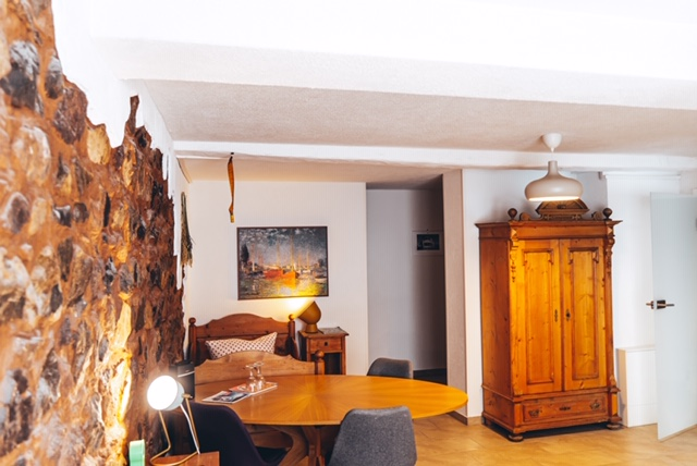 FeWo im Erdgeschoss: Wohnbereich innen