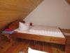 DG - Zimmer 2 - Mansarde Blick zum Bett
